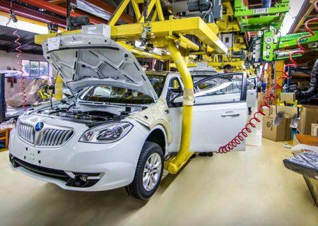 بقای صنعت خودرو با اصرار دولت