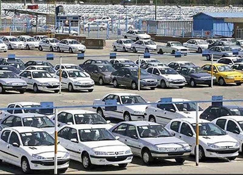 در بازار خودرو فعلا خبری از کاهش قیمت نیست